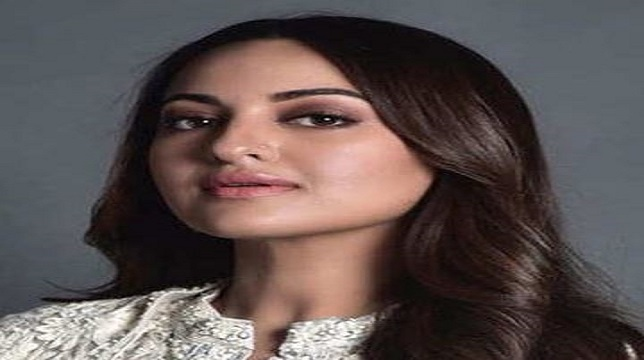 Actress Sonakshi Sinha Wishes Fans on Karva Chauth