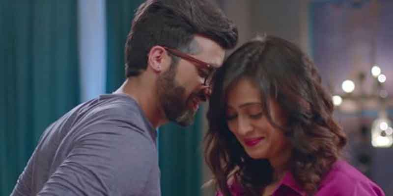 Shweta Tiwari and Akshay Oberoi Steal Limelight After 'Hum Tum Aur Them' Trailer Launch